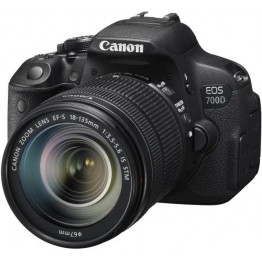 Canon EOS 700D 18-135mm Lens Kit