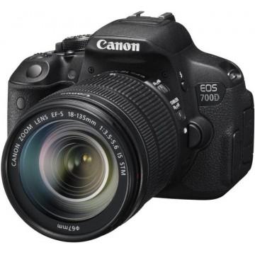 Canon EOS 700D 18-135mm Lens Kit